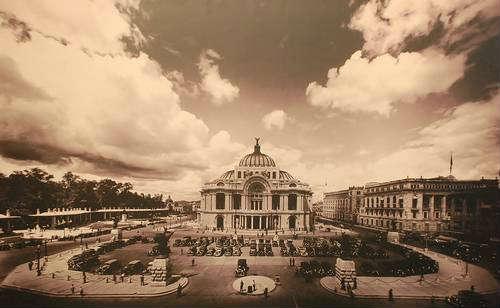 Repasa exposición las tres épocas de la construcción del Palacio de Bellas Artes