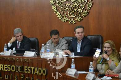 Cuestionan a Cardoza Mora contrato colectivo de BMW con la CTM
