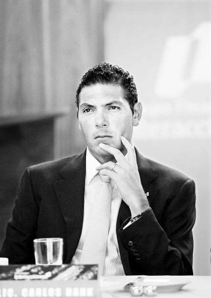 Carlos Hank González pasa a ser consejero propietario en GFNorte