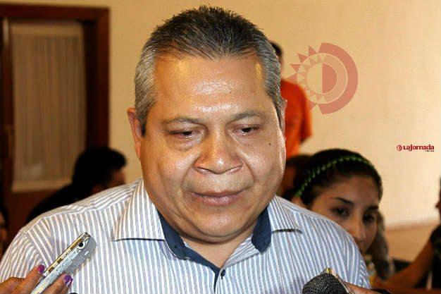 Urge Jesús Juárez a ponerle chip del Repuve a vehículos