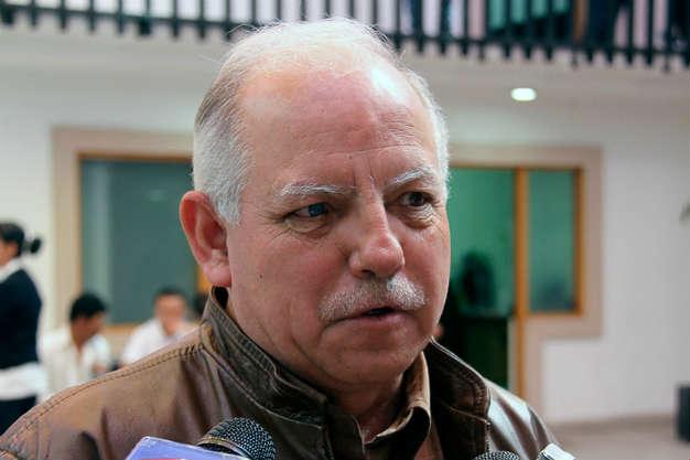 Frena demanda alza salarial a los burócratas de Soledad