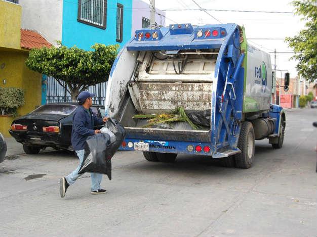 Ruta nocturna de recolección de basura ha tenido buenos resultados: Ecología