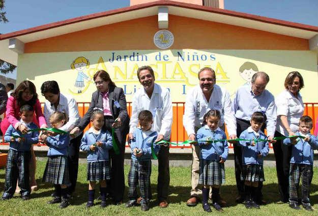 Inauguran Toranzo y Mario centros educativos en colonias alejadas