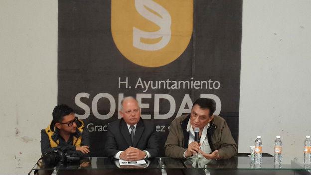 El actor Manuel Ojeda promueve en Soledad el programa Leo, luego existo