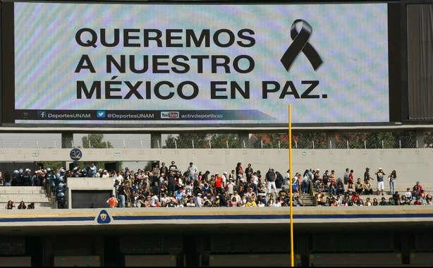 Mensajes de apoyo a Ayotzinapa en final de la Onefa
