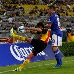 Cruz Azul dice adiós a la liguilla; 1-1 con Leones Negros