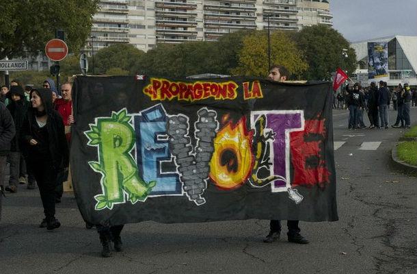 Francia: 40 detenidos en protestas contra violencia policial