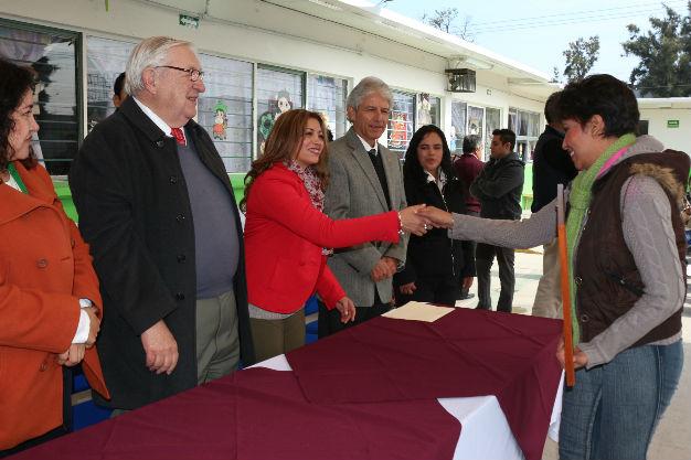 Centros educativos municipales reciben certificación como escuelas libres de caries
