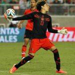 Liverpool, interesado en el mexicano Guillermo Ochoa