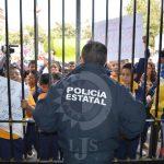 Congreso cierra puertas a niños en protesta
