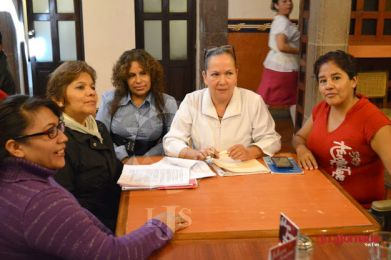 Empleados del HC piden destituir a la líder sindical