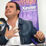 "Calles de la Alameda, ""son un bache"", se queja Xavier Azuara"