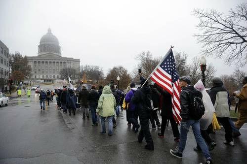 Termina con 280 detenidos el tercer día de protestas en Estados Unidos