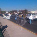 Se manifiestan trabajadores del Cobach; cierran Salvador Nava