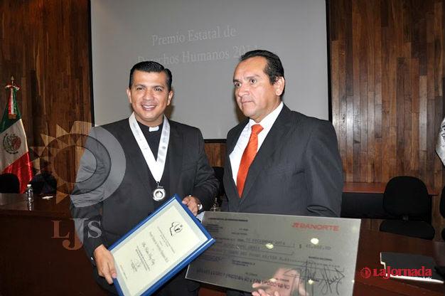 Premio en derechos humanos, llamado de atención para las autoridades: padre Rubén